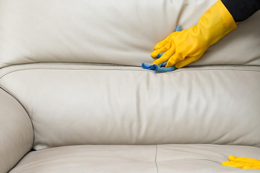 bật mí kinh nghiệm giặt sofa tại nhà