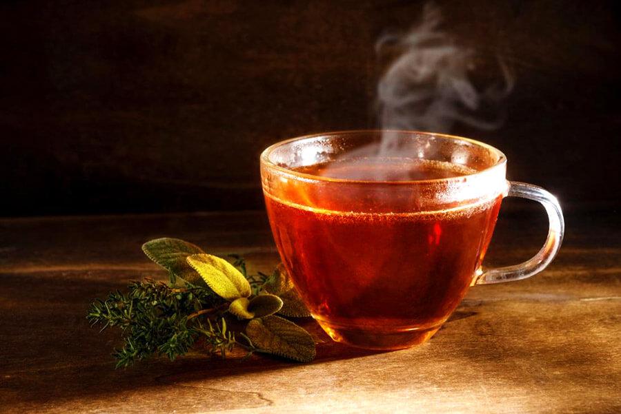 cách vệ sinh bàn ghế gỗ bằng trà