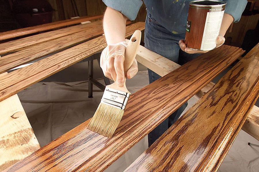 làm sạch bộ bàn ghế gỗ