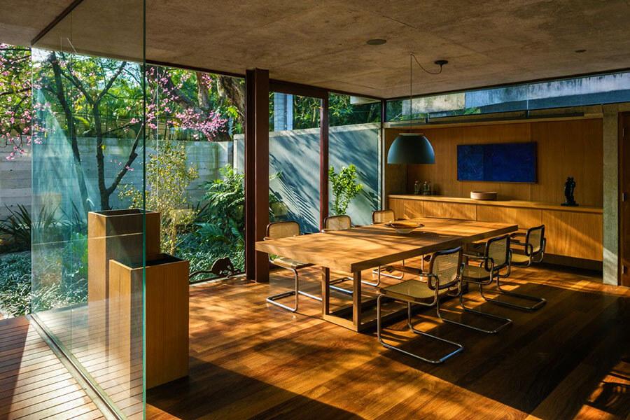 chọn đồ gỗ nội thất thông qua chứa nước