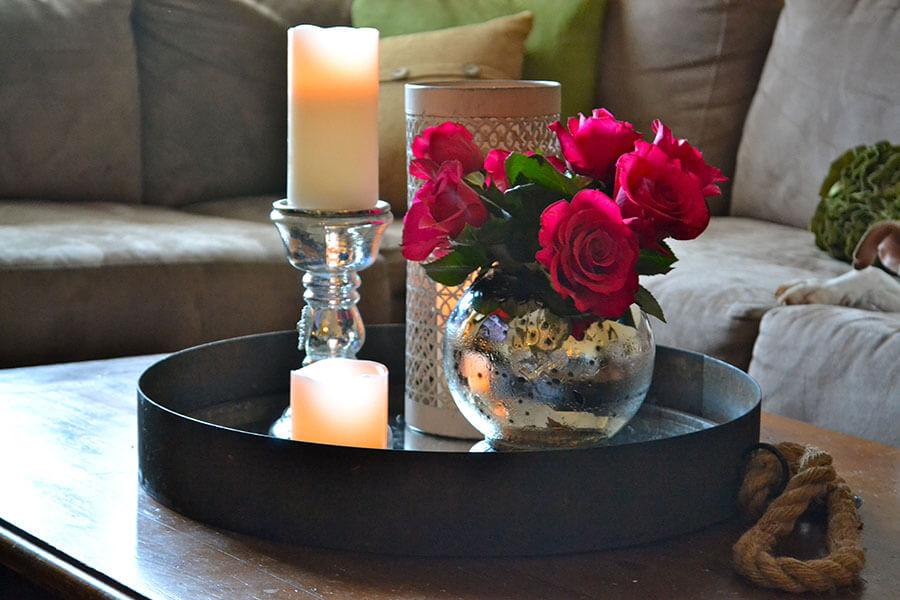 trang trí bàn cà phê bằng nến